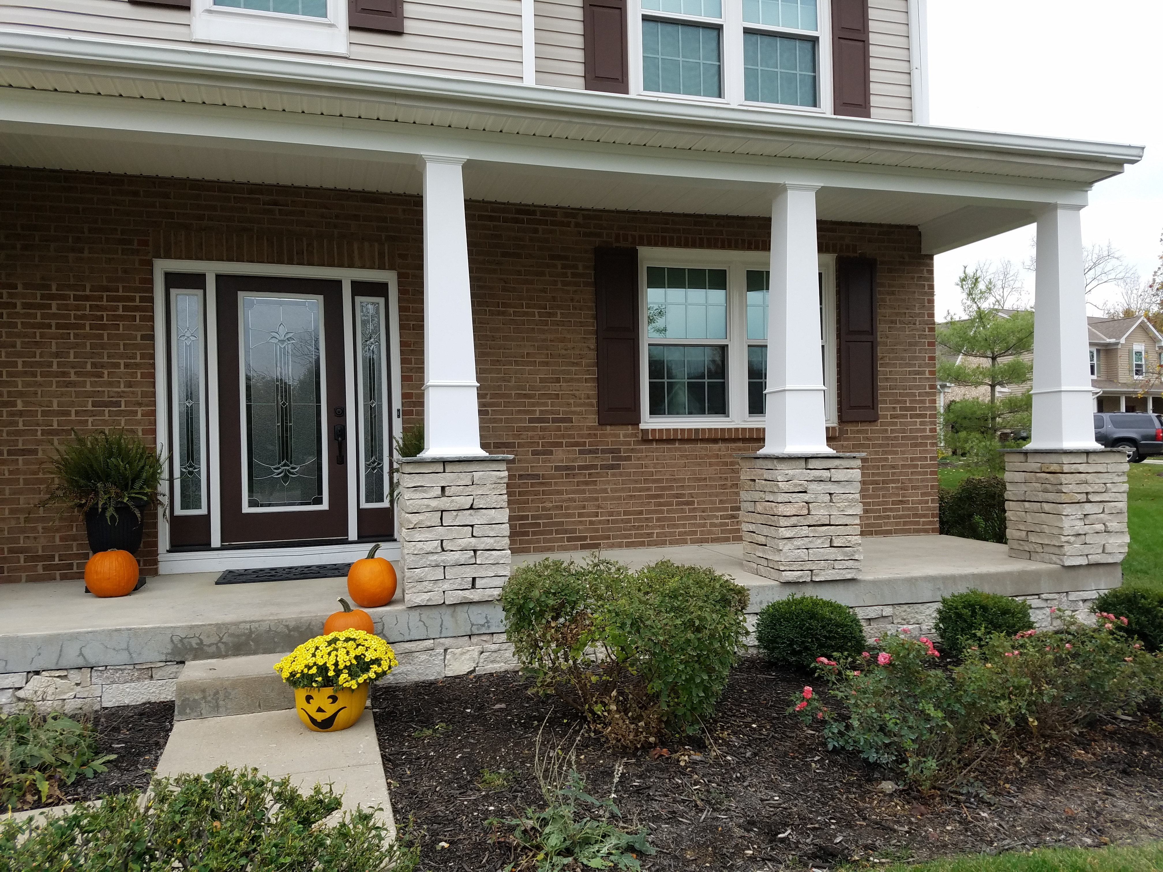 front-porch-columns-in-milford